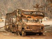 صور.. حرائق الغابات تلتهم سيارات ومنازل فى كاليفورنيا