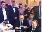 شاهد.. نجل الساحر فى حفل زفاف ابنة عمه بالإسكندرية