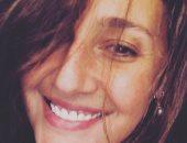 """حلا شيحة: """"ابتسم وأجعل الحياة أكثر جمالا"""""""