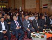 محافظ الإسماعيلية ومدير الأمن يشهدان إحتفالية تكريم المحافظ السابق