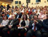 """صور.. وزيرة التضامن تطلق حملة """"2 كفاية"""" من مكتبة الإسكندرية"""