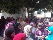 ممرضات أسيوط يطالبن بانهاء ندبهن لمستشفيات الجامعة