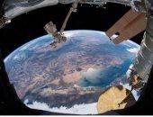 رائد فضاء يلتقط صورة للساحل الغربى للولايات المتحدة الأمريكية من الفضاء