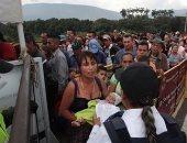 فنزويليون يغادرون البرازيل بعد أعمال عنف جديدة
