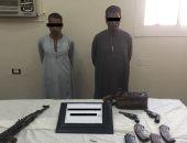 صور .. ضبط 15 قطعة سلاح و27 طلقة نارية خلال حملة أمنية بأسيوط