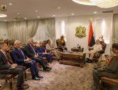 حفتر يبحث مع وزير خارجية إيطاليا تنظيم الانتخابات والتعاون فى مكافحة الإرهاب