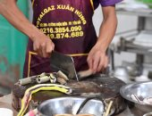 مطعم فى فيتنام يقدم لحوم ودماء الثعابين للزبائن