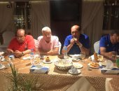 صور.. جلسة عشاء للاعبى المقاولون قبل مواجهة سموحة