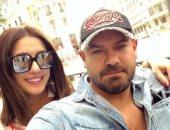 """شاهد.. برقيات تهنئة من نجوم الوسط الفنى لـ""""عمرو وكندة"""" بعد قدوم ابنتهما حياة"""