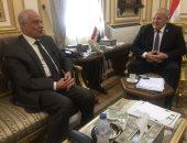 رئيس جامعة القاهرة يستقبل محافظ الجيزة بمكتبه استعدادا للعام الدراسى الجديد