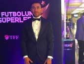 أول تصريح للنجم تريزيجيه بعد خسارة لقب أفضل لاعب فى الدورى التركى