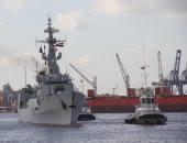 البحرية المصرية والباكستانية تنفذان تدريبا بحريا عابرا بنطاق البحر المتوسط