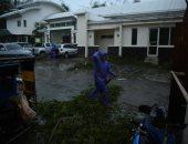 صور.. إعصار قوى يضرب الفلبين ويهدد حياة الملايين