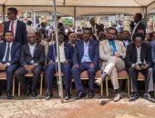 صور.. عشرات الآلاف يستقبلون متمردين عائدين إلى أديس أبابا