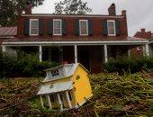 صور.. إعصار فلورنس يضرب أمريكا وإعلان حالة الكوارث فى ولاية كارولينا