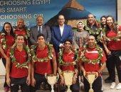 اللجنة الأوليمبية تستقبل أبطال السباحة المصرية.. صور