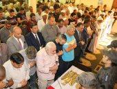 صور..محافظ المنوفية ومدير الأمن يتقدمان جنازة الشهيد علاء محمد بقويسنا