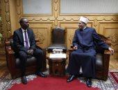 وكيل الأزهر يستقبل المدير العام لاتحاد وكالات أنباء منظمة التعاون الإسلامى