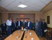 وزير الشباب والرياضة يلتقى بمجلس إدارة نادى الصحفيين ويعد بتطويره