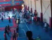 فيديو.. مشاجرة بالكراسى بين لاعبى كرة اليد والكونج فو بسبب الملعب بالإسكندرية