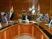 رئيس جامعة أسيوط لطلاب يمنيين: حريصون على تقديم الدعم لإتمامكم الدراسة