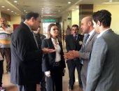 وزيرة الاستثمار تجرى زيارة مفاجئة للعاملين بالمنطقة الحرة بالإسكندرية