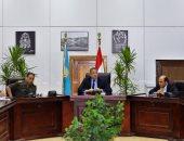وزير الآثار يناقش آخر مستجدات أعمال افتتاح 3 قاعات بمتحف الحضارة