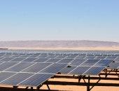 صور.. مشروع الطاقة الشمسية بذرة أمل بأسوان.. والشباب يطالبون بنشرات توظيف