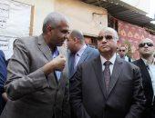 صور.. محافظ القاهرة: لن أسمح ببناء عقار مخالف والملف على رأس أولوياتى