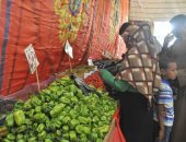 صور.. معرض للخضروات والفاكهة بميدان أبو الحجاج تحت رعاية مديرية أمن الأقصر