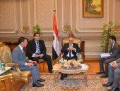 تفاصيل لقاء رئيس ائتلاف دعم مصر بوفد السفارة الأمريكية بـمقر البرلمان.. صور
