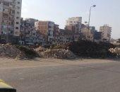قارئ يطالب برفع مخلفات ردم قناة المحمودية بالإسكندرية