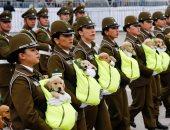 تشيلى تجند عشرات الكلاب خلال احتفالات العرض العسكرى السنوى