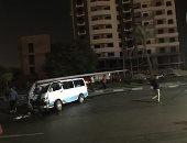 تصادم سيارتين ميكروباص وأخرى ملاكى على طريق جوزيف تيتو بمصر الجديدة