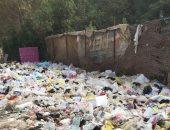 تراكم القمامة بأحد شوارع مدينة نصر.. صور