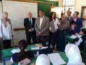 صور.. محافظ البحيرة يتفقد المدارس للوقوف على جاهزيتها لبدء الدراسة