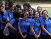 فيديو وصور.. فرحة طالبات الثانوية العامة بمدرسة كلية رمسيس بأول يوم دراسة