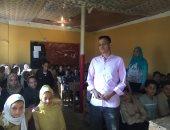 فيديو وصور .. تحويل مسجد مدرسة بالإسماعيلية لفصل دراسى بسبب الازدحام