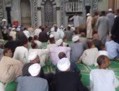 صور.. جلسة صلح بين عائلتين بالأقصر فى مسجد الإدريسى بالزينية