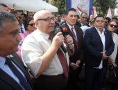 رئيس جامعة عين شمس مرحبا بالطلاب: عايزنكوا تشاركوا فى كل الأنشطة الطلابية