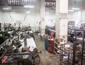 الحكومة تنفى إجبار عمال شركات الغزل والنسيج للخروج على المعاش المبكر