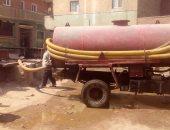 مياه شرب الجيزة توجه فريق متابعة وصيانة لحل مشكلة الصرف بأبو النمرس