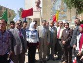 استقبال حافل بالموسيقى والفنون الشعبية للطلاب بجامعة المنيا