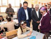 صور.. رئيس الوزراء يتفقد المدرسة المصرية اليابانية بأسيوط الجديدة