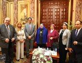 صور.. البرلمان ينظم احتفالية لتكريم رئيسة قطاع الصحافة لبلوغها سن التقاعد
