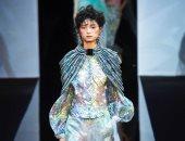 شاهد.. الجرأة عنوان مجموعة أزياء Giorgio Armani لربيع وصيف2019