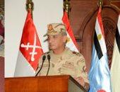 وزير الدفاع يلتقى ضباط وصف وصناع وجنود المنطقة المركزية العسكرية