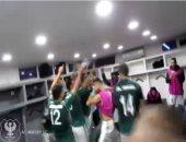 """بهذه الطريقة احتفل لاعبو المصرى بعد الفوز على اتحاد العاصمة بالجزائر """"فيديو"""""""