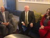 """صور.. رئيس البرلمان الأيرلندى يستقبل عبد العال والوفد المصرى بمطار """"دبلن"""""""
