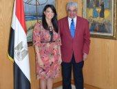 وزيرة السياحة تلتقى الدكتور زاهى حواس لفتح مجالات للتنسيق والتعاون معه